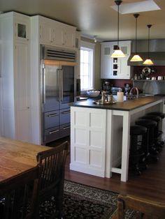 white craftsman style kitchens photos   White Craftsman Style Traditional kitchen Craftsman Style, Home, Home Kitchens, Kitchen Renovation, Craftsman Style Kitchens, Eclectic Interior, New Homes, Kitchen Layout, Dream Kitchen