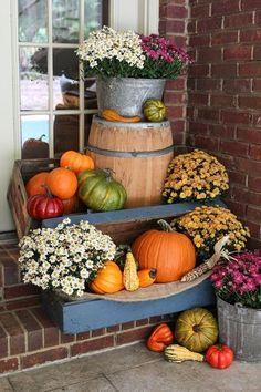 Fall porch decor.
