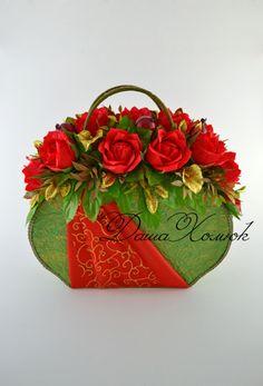 Gallery.ru / Фото #152 - 2015 - Kisenok-Lisenok Chocolate Flowers, Chocolate Bouquet, Candy Flowers, Paper Flowers Diy, Candy Arrangements, Edible Bouquets, Candy Bouquet, Candy Gifts, Crepe Paper