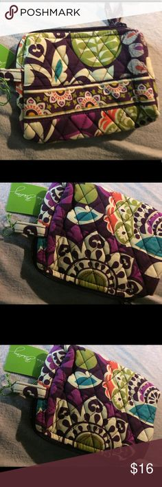 """Plum crazy small cosmetic case new Lined cosmetic case in plum crazy approximately 6"""" by 4"""" with a zip closirenand side tab. Firm price unless bundled! Vera Bradley Bags Cosmetic Bags & Cases"""