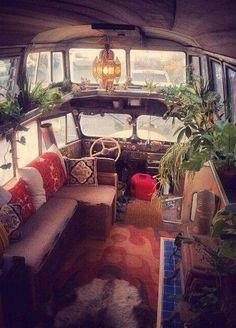 Glamping, Vw Camping, Hippie Camper, Jiraiya Y Naruto, Kombi Home, Vanz, Van Home, Bus House, Van Interior