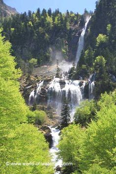 Another look at the unusually-shaped Cascade d'Ars  near Aulus-les-Baines / Ariege, Midi-Pyrenees, France