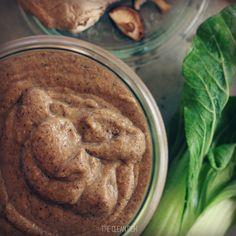 Easy Vegan Spring Veggie Stir Fry with Kelp Noodles (grain free, gluten free)