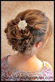 Girly Do Hairstyles: By Jenn: BIG Beautiful Updo {Prom/Wedding Ready}