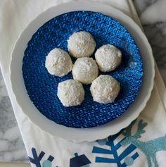 snowballs snowball cookies joe brack no bake snowball cookies sonia ...