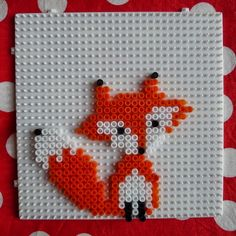 Pink and black: DIY: a semi-missed fox and a successful rainbow in pearls . - Pink and black: DIY: a semi-missed fox and a successful rainbow in Hama beads - Hama Beads Design, Diy Perler Beads, Perler Bead Art, Pearler Beads, Melty Bead Patterns, Hama Beads Patterns, Beading Patterns, Pixel Beads, Fuse Beads