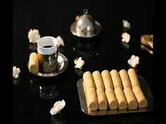 Ghrayba - Pâtisserie masmoudi Kaak Warka, Biscuits, Sweets, Make It Yourself, Pull, Sorghum Flour, Kitchens, Tunisian Recipe, Crack Crackers