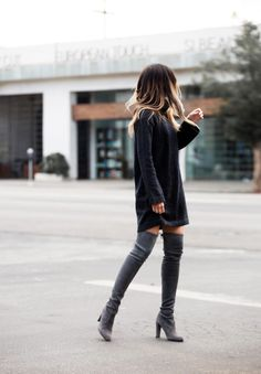 Pam Hetlinger has created a super cute fall style in a knitted sweater dress and a pair of thigh high suede boots. The subtle tone differences in colour between these two items allows for a simplistic yet relaxed look; and this style is perfect for...