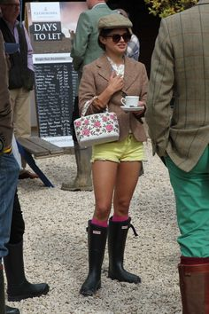 Bip Ling at the Hunter Balmoral Shooting Day Rain Boots Fashion, English Country Style, Hunter Rain Boots, Wellington Boot, Kids Boots, Hermes Birkin, Preppy, Riding Boots, Fancy