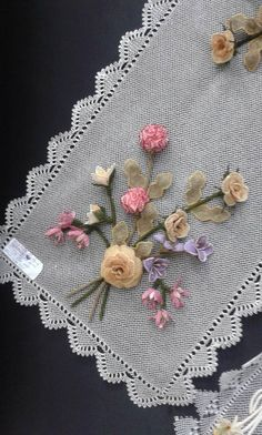 Love this idea - Pretty ribbonwork flowers on table cloth or runner! Types Of Embroidery, Silk Ribbon Embroidery, Fabric Ribbon, Embroidery Art, Embroidery Patterns, Brazilian Embroidery, Needlepoint Patterns, Ribbon Work, Silk Roses