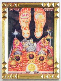 Vaishno Devi with Charan (Metal Frame) Vaishno Devi, Mata Rani, Lord Shiva Pics, Lakshmi Images, Hindu Dharma, Mother Goddess, Hanging Pictures, Durga, Gods Love