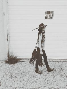 Heyyyy, Cowgirl...