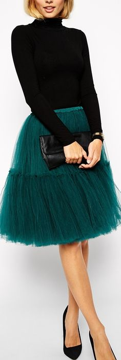 That skirt ❤️  A good balance between a little over the top and a little charming.  The color of the tulle makes it elegant :) pair it with a neutral or a black crop blazer