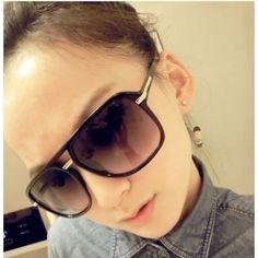 USD3.49Korean Hot Sale Black Metal Sunglasses