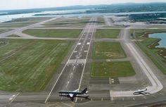 Runway 4L-22R, Logan International.