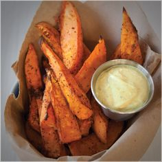 Pairs well with Mango Curry Dip perfect for dunking. Epicure Recipes, Healthy Recipes, Slow Cooker Recipes, Cooking Recipes, Healthy Meals, Healthy Eating, Oscar Food, Mango Curry, Fall Snacks