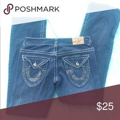 True Religion boot cut sparkle detail jeans BEST JEANS EVER!! Gently worn in the best way ❤️💯 True Religion Jeans Boot Cut