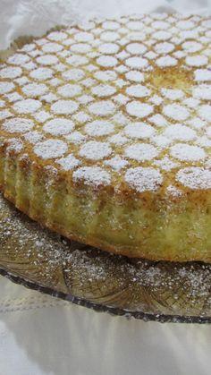 Crostata morbida con cuore di Nocciolata su la cucchiarella Muffins, Beautiful Fruits, Pie Dessert, Confectionery, Cake Cookies, Italian Recipes, Food To Make, Cheesecake, Bakery