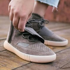 d34b4aae0710 Instagram post by Yeezys For All • Oct 15