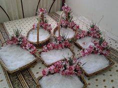 New Wedding Gifts Ideas Baskets Ideas Desi Wedding Decor, Wedding Stage Decorations, Engagement Decorations, Wedding Crafts, Wedding Gift Wrapping, Wedding Gift Boxes, Wedding Gift Baskets, Wedding Card, Wedding Hamper