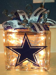 Dallas Cowboys Lit Glass Block with Bow by TheYellowDogSignCo Dallas Cowboys Room, Dallas Cowboys Crafts, Dallas Cowboys Wreath, Cowboys 4, Cowboy Theme, Cowboy Party, Cowboy Room, Cowboy Crafts, Glass Block Crafts