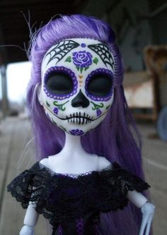 Dia de los Muertos doll, anyone have an old BRATZ doll they can part with?