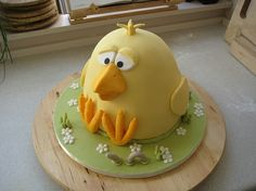 Spring chicken: Easter cake by Lomfise