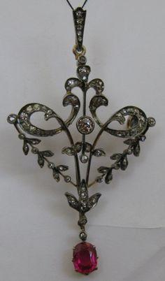 Подвеска, золото, бриллианты, алмазные розы, старинное ювелирное украшение, антиквариат