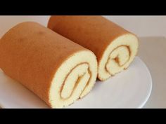 How to make a fluffy and delicious swiss roll cake💕 Cake Roll Recipes, Dessert Recipes, Lemon Creme Cake, Strawberry Roll Cake, Chocolate Swiss Roll, Mint Chocolate, Chocolate Chips, Jelly Roll Cake, Sponge Cake Roll