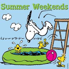Résultat d'images pour snoopy weekend Snoopy Cartoon, Peanuts Cartoon, Peanuts Snoopy, Snoopy Images, Snoopy Pictures, Peanuts Images, Charlie Brown Y Snoopy, Snoopy Wallpaper, Snoopy Quotes