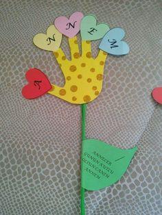 Risultati immagini per dia dos amigos crafts Diy Arts And Crafts, Cute Crafts, Crafts To Do, Crafts For Kids, Paper Crafts, Preschool Art, Kindergarten Activities, Preschool Activities, First Day School