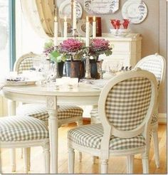 Fantastic Modern Farmhouse Dining Room Makeover Decor Ideas - Page 67 of 78 French Country Dining Room, French Country Rug, French Country Kitchens, Country Farmhouse Decor, French Country Decorating, Country Bathrooms, Modern Farmhouse, Country Style, French Cottage Decor