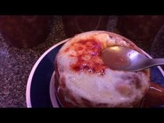 This is probably the best French Onion Soup you& ever have. Better than any restaurant, that& for sure. It has that PERFECT balance of savory and sweet! Best Pressure Cooker Recipes, Power Pressure Cooker, Instant Pot Pressure Cooker, Pressure Cooking, Slow Cooker, Best French Onion Soup, Tasty, Yummy Food, Yummy Recipes