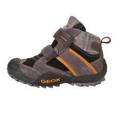 GEOX Bascheti inalti jr Savage de la GEOX pentru baieti - http://www.outlet-copii.com/outlet-copii/magazine-copii/geox-bascheti-inalti-jr-savage-de-la-geox-pentru-baieti/ -