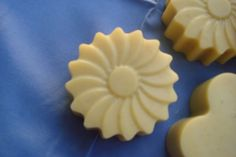 savon a l'avocat Soap, Cookies, Ethnic Recipes, Desserts, Productivity, Products, Beauty, Home Made Soap, Homemade Beauty Products
