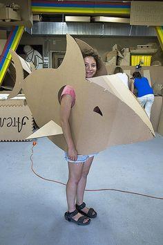 Workshop in Moscow. Fish Costume, Shark Costumes, Animal Costumes, Diy Costumes, Halloween Costumes, Cardboard Costume, Cardboard Mask, Cardboard Box Crafts, Cardboard Sculpture