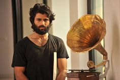 Young hero Vijay Devarakonda, who is at a great pace of his career, is coming up with an upcoming entertainer Dear Comrade. Background Images For Editing, Black Background Images, Actors Male, Black Actors, Gabbar Singh, Telugu Hero, Beard Look, Beard Style, Style Men