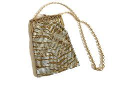 1970s Whiting & Davis Zebra Metal Mesh Purse Chain Handle | Etsy Vintage Luggage, Vintage Purses, White Zebra, White Gold, Metal Mesh, Vintage Wear, Natural Leather, Evening Bags, Bucket Bag