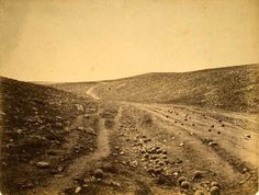 The Very Earliest War Photography: Rare and Amazing Photographs of Crimean War by Roger Fenton 1855
