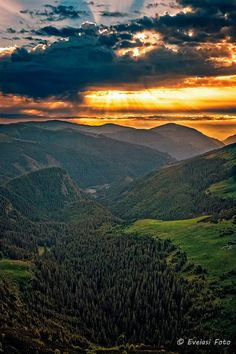 Transalpina Seas, Painting Inspiration, Sunrise, Beautiful Places, Heaven, Wallpapers, Vacation, Mountains, Landscape