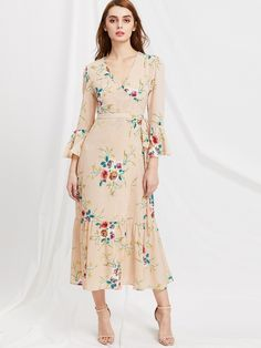 To find out about the Plunge Neck Floral Print Bell Sleeve Slit Side Dress at SHEIN, part of our latest Dresses ready to shop online today! Modest Dresses, Fall Dresses, Cute Dresses, Beautiful Dresses, Summer Dresses, Floral Maxi Dress, Chiffon Dress, Slit Dress, Abaya Fashion