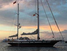 1856 Palma de Mallorca Goleta clasica, Spain - boats.com Cheap Boats, Sat Nav, Alicante Spain, Fresh Water Tank, Boats For Sale, Sailboats, Yachts, Sailing Ships, Explore