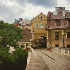 Having to go up a hill won't be a problem in Lublin - behind that gate you have dozens of pubs and restaurants to help you endure such a task Poland Travel, Go Up, Pubs And Restaurants, City Break, Travel Pictures, Gate, Traveling, Wanderlust, Europe
