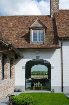 Lovely view through the large window. Realization LA Ramen Lanssens, Dentergem - Belgium