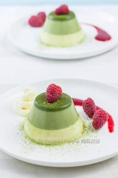 Layered Green Tea Panna Cotta - would this creamy and tasty dessert remind you of the coming Christmas ?