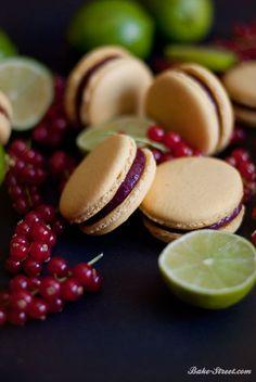 Lime and blackberries curd macarons - Macarons de lima con curd de moras