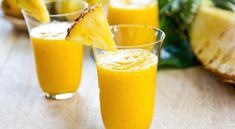Top 8 green detox smoothie recipes for weight loss? If you have been looking for how to detox your body, checkout these top 8 green detox smoothie recipes. Breakfast Smoothies, Healthy Smoothies, Healthy Drinks, Healthy Recipes, Detox Drinks, Morning Smoothies, Mango Pineapple Smoothie, Pineapple Drinks, Ripe Pineapple