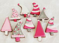 #Christmas tree cookies    Delicious food ideas to give as gifts this season! From cookies and candid to jarred recipes and more! Join me with your favorite recipes to give. Wed. 12.12.12 12pmEST    http://stagetecture.com/episode8
