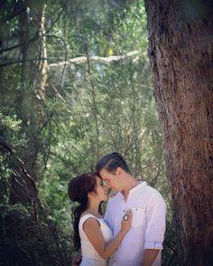 """Four more days.. #gracephamphotography #prewedding #inlove #soontobe #tomloan2015 #weddingphotography #melbourne #wedding #photoshoot…"""