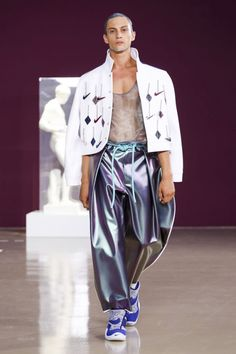 Pigalle's 2018 Spring/Summer Collection Ensures the Future of Sportswear Is Now: Stéphane Ashpool gives us bold technical apparel and a Nike collab. Runway Fashion, Latest Fashion, Mens Fashion, Live Fashion, Fashion Show, Spring Summer 2018, Summer Collection, Sportswear, Fashion Photography